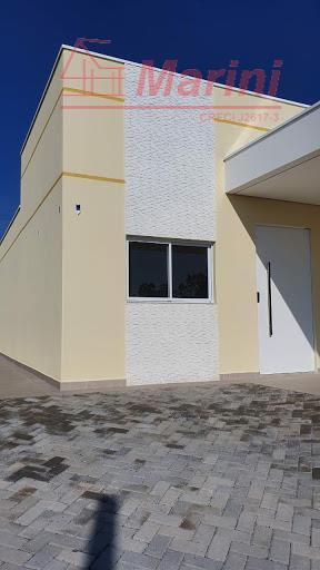casa maravilhosa de alto padrão e sofisticada ! oportunidade de morar no condomínio mais procurado de...