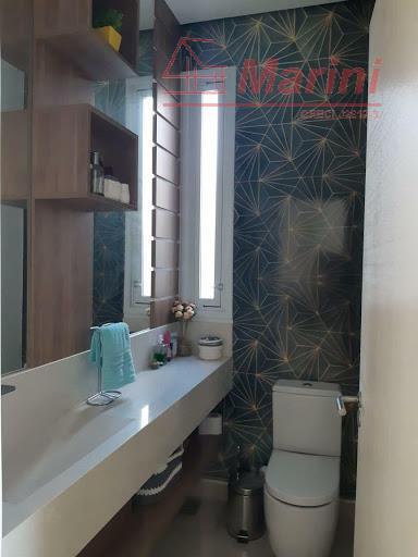 casa maravilhosa e luxuosaa oportunidade que você procura de morar em um dos melhores condomínio da...